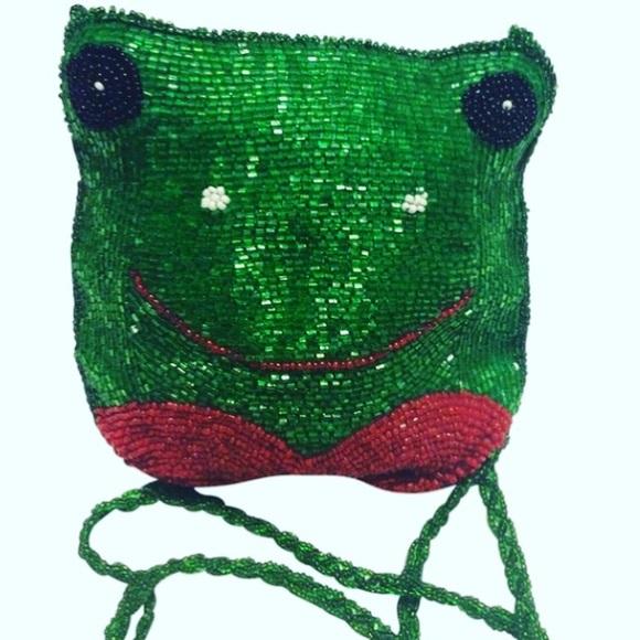 Vintage Handbags - Vintage Beaded Frog Purse
